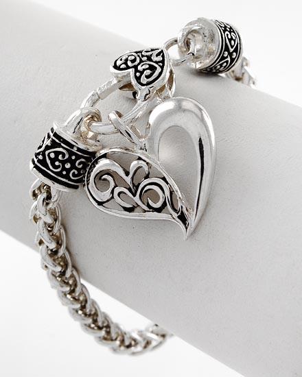BB165009-350 Hollow Filigree Heart Brighton-style Bracelet